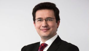 carlos 300x175 - D. Francisco Javier Sanz, Director de Operaciones de Vuelo en IBERIA