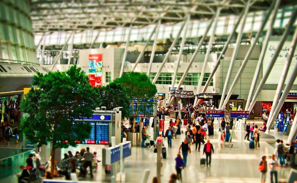 aeropuerto terminal embarque 1024x630 - Los Ingresos Comerciales en los Aeropuertos