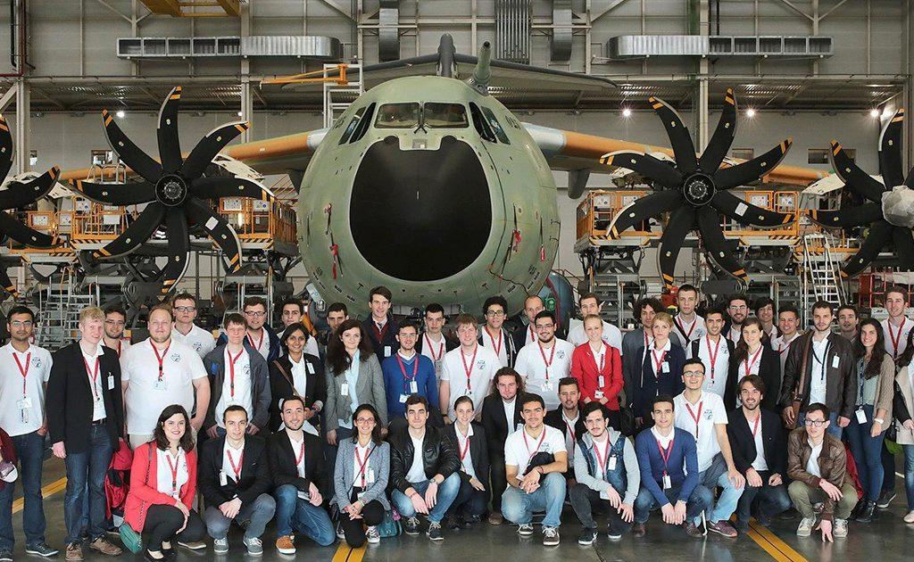 cursos 1024x630 - ¿Dónde Estudiar Ingeniería Aeronáutica?
