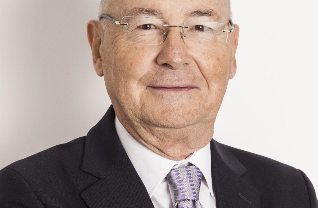 Carlos Medrano rec 1024x671 - Los gestores aeroportuarios en el mundo, el modelo de gestión de AENA y su evolución, el DORA y la cadena de valor del transporte aéreo.