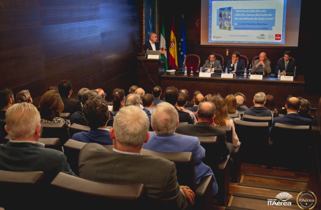 ITAereaLogo29OCT19 24 1024x671 - Presentado en Sevilla el nuevo libro de Javier Gándara, Director General de easyJet España y Portugal, Presidente de la Asociación de Líneas Aéreas ALA y Vicepresidente de Honor y docente de ITAérea