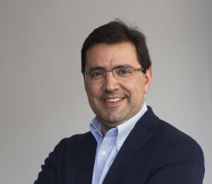 Javier Gándara 300x261 - Clase magistral sobre la sostenibilidad en el sector aeronáutico