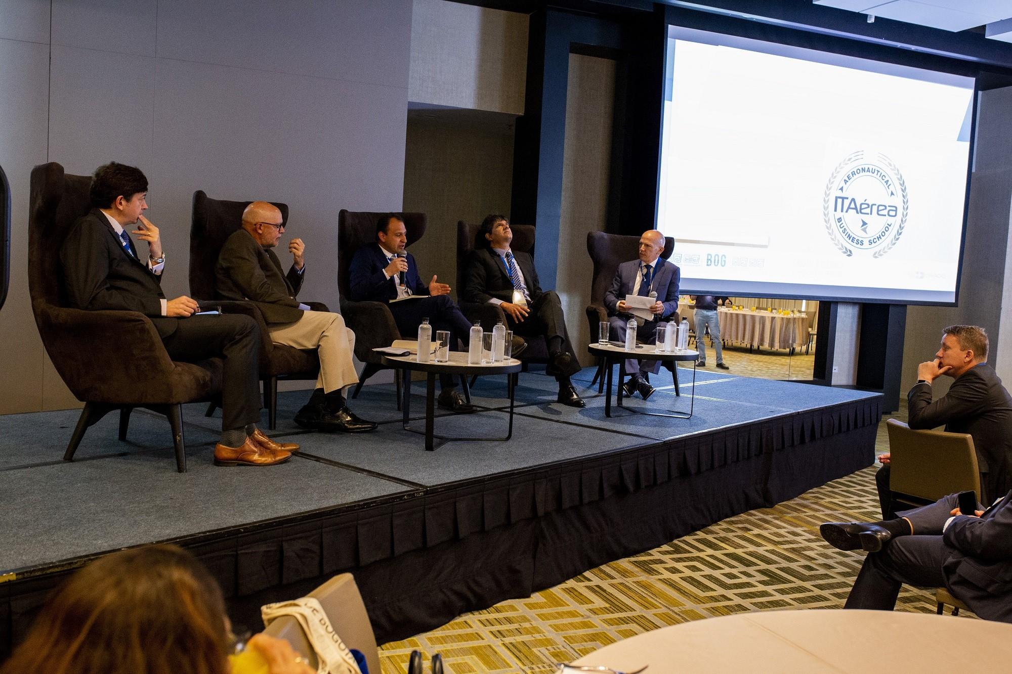 WBPs Breakfast and CEOs Panel ITAerea00492 - IV Encuentro Sectorial: Aeropuertos
