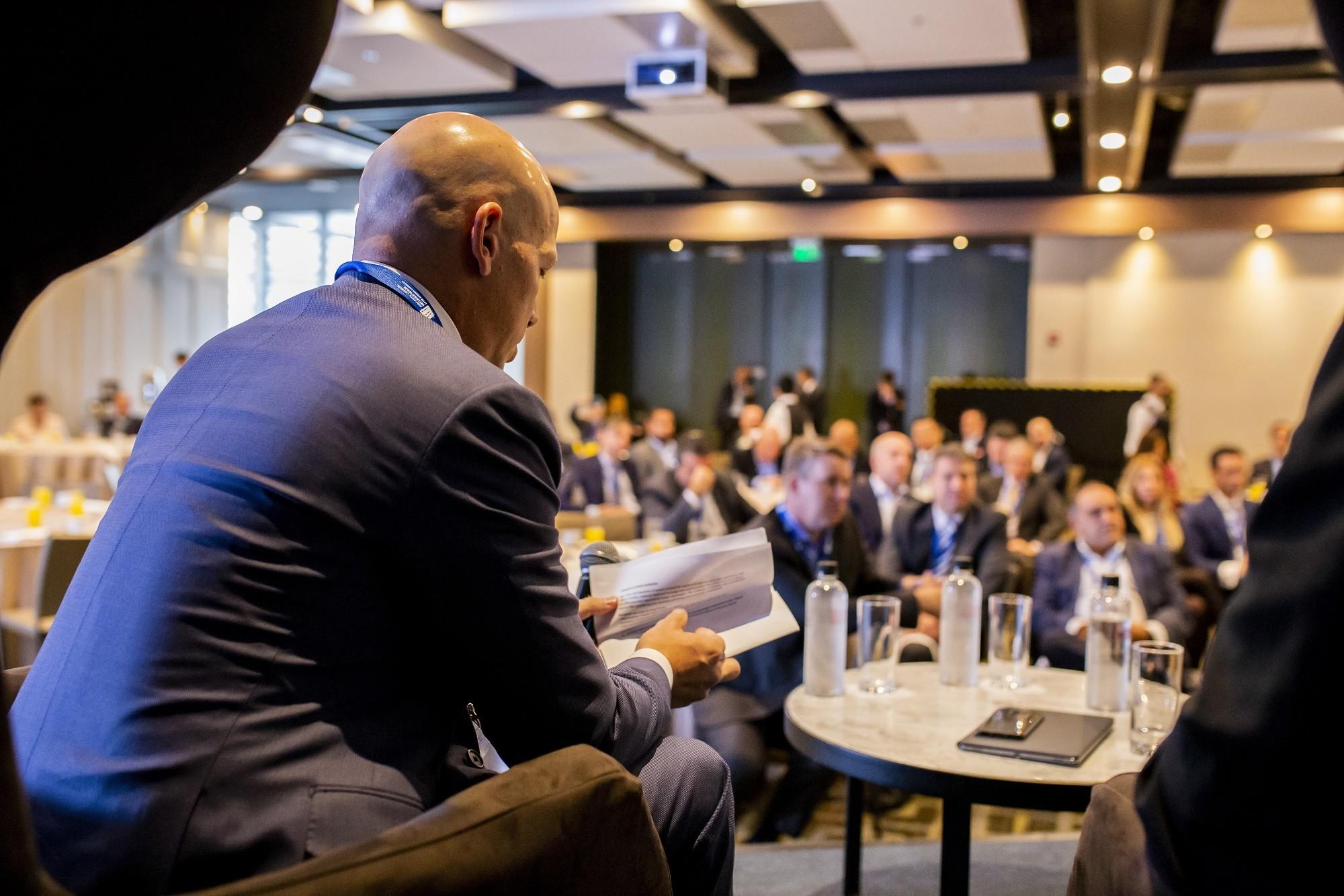 WBPs Breakfast and CEOs Panel ITAerea0051 - IV Encuentro Sectorial: Aeropuertos