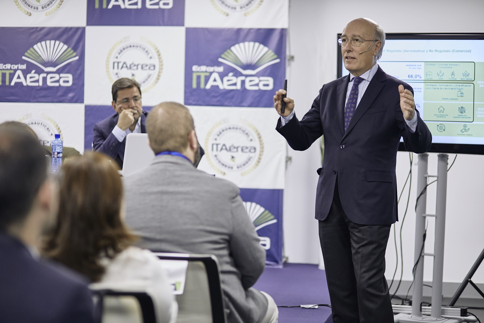 MG 9366 - D. Javier Marín, Director General de Aeropuertos de AENA, imparte conferencia extraordinaria en ITAérea Madrid